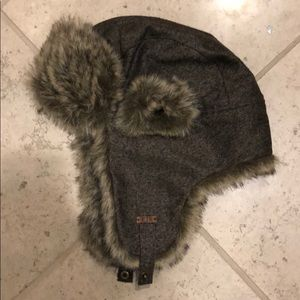 New gray soft fur trapper hat ear flaps chin strap